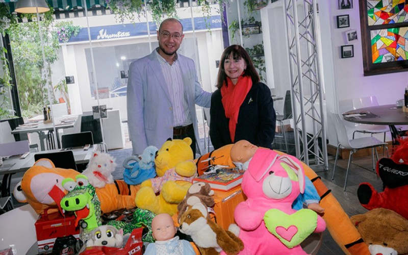 The BlueBay Group gets toys for cancer-stricken children of Marbella